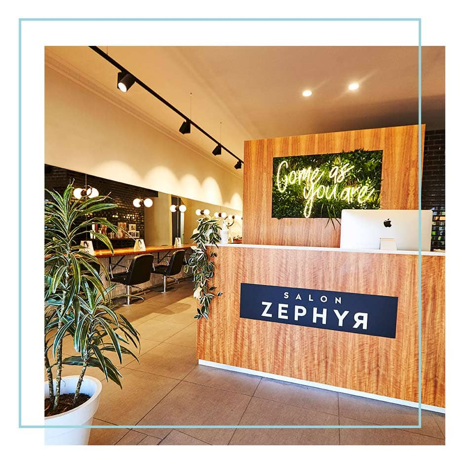 Salon Zephyr Interior Reception
