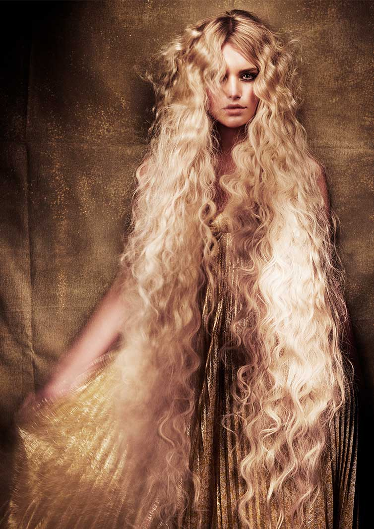 Savage Beauty Model Hair